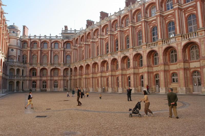 chateau-cour-1574